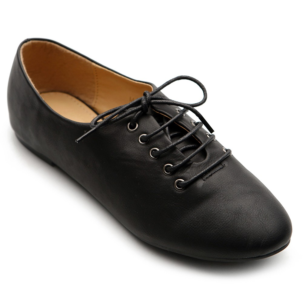 Women's flats at Lulus! With superior construction and amazing quality, flat shoes from Lulus are absolutely adorable and affordable. Free shipping + returns!